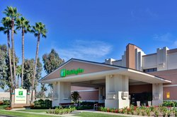Holiday Inn Hotel & Suites Anaheim (1 BLK/Disneyland)