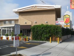 Super 8 Los Angeles / Culver City Area