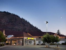 Super 8 West Kelowna
