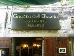 Grottaa dell'Angelo