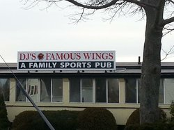 DJ's Famous Wings -A Family Sports Pub508