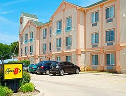 Super 8 Irving / DFW Apt / North
