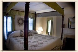 Middleburg Inn and Guest Suites