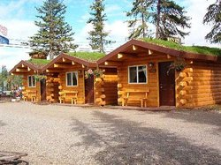 Cabins Outback and Burnt Paw Gift Shop