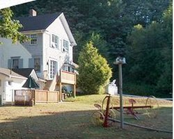 Maple Meadow Bed & Breakfast