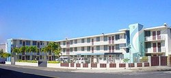 Harbor Arms Apartment Hotel Aiea