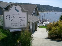 ‪Waterfront Inn‬