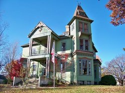 Branson House Bed & Breakfast