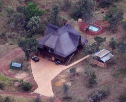 Mount Amanzi Lodge