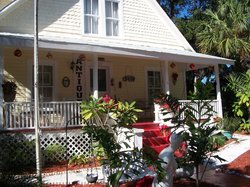 Ashley's Victorian Haven Bed And Breakfast