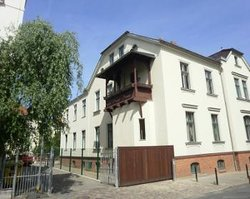 ‪Pension Potsdam‬