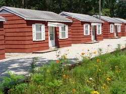 Royal W Resort Cabins & RV Park