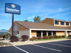 ‪Boarders Inn and Suites‬