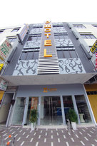 D'Hotel