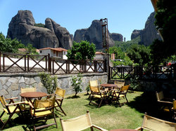 Tsikeli Hotel