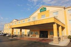 La Quinta Inn & Suites Louisville Airport & Expo