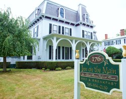 1840 Inn on the Main Bed and Breakfast