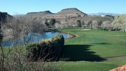 ‪Dixie Red Hills Golf Course‬