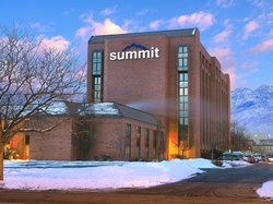 Summit Hotel & Conference Center