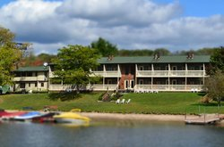 LakeStar Lodge