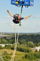 UK Bungee Club - Manchester 160ft Bungee Jump