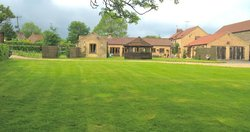 Carters Barn - Home on the Wolds