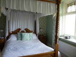 Mainsfield Guest House Bed & Breakfast