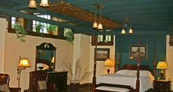 August Bergman Inn and Suites