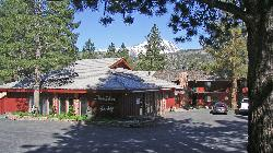 Boulder Lodge