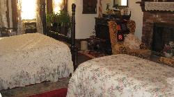 Victoria Crossing Bed & Breakfast