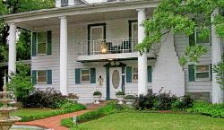 1902 Classic Charms Bed and Breakfast