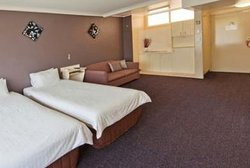 Country Comfort Tamworth Towers