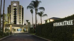 DoubleTree by Hilton Hotel Monrovia - Pasadena Area