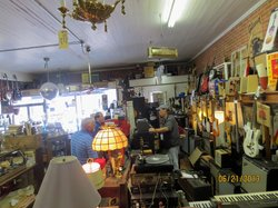 Breaux Bridge Antique Mall