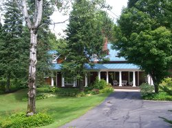 Lake Salem Inn Bed and Breakfast