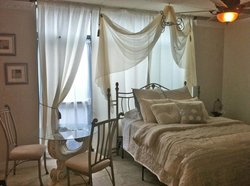 5th East Hall Bed & Breakfast