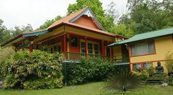 Wood Valley Temple Retreat & Guest House