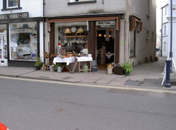 Fourpence Cafe