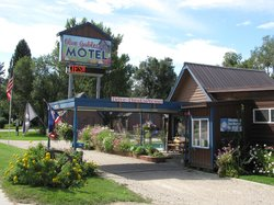Blue Gables Motel