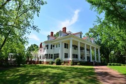 The Twelve Oaks Bed & Breakfast