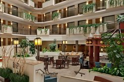 Embassy Suites by Hilton Kansas City-Overland Park