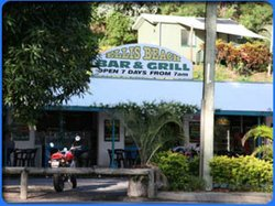Beach Hut Bar & Grill