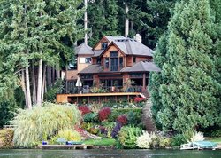 Cottage Lake Gardens Bed and Breakfast