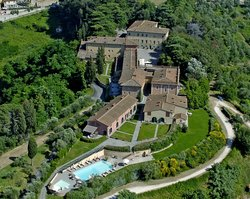 Borgo Di Colleoli Resort Tuscany