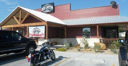 High Cotton Family Restaurant and Icehouse