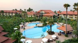 Grand Soluxe Angkor Palace, Resort & Spa