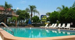 Tarpon Shores Inn