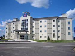 Motel 6 Kingston