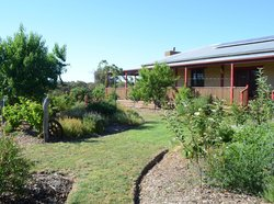 Mureybet Relaxed Country Accommodation