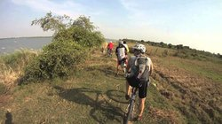 1 Day Weaving Village Biking Tour - Phnom Penh